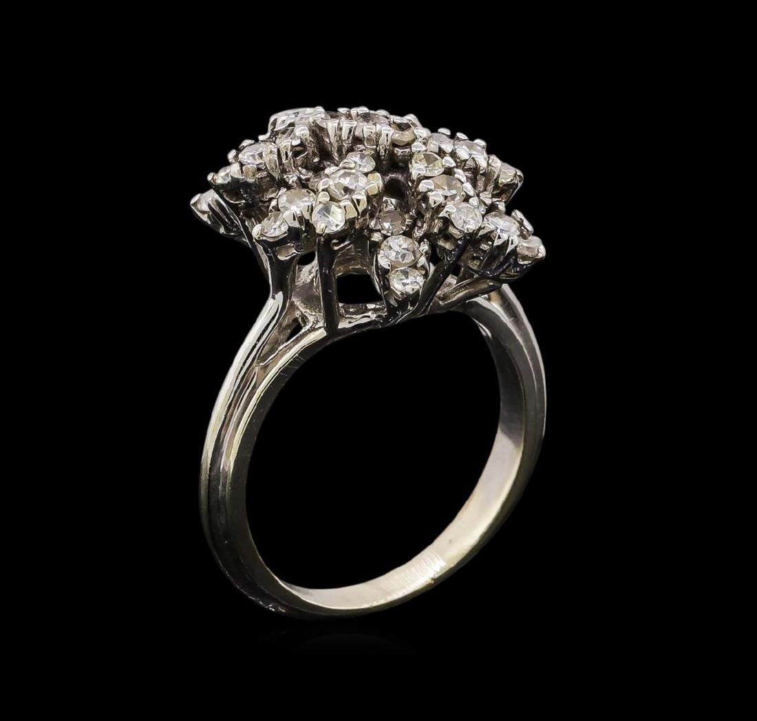 14KT White Gold 0.95 ctw Diamond Ring - 4