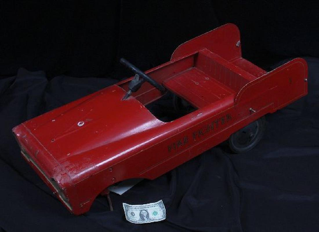 Antique Vintage Fire Fighter Pedal Car c.1930-50's - 3