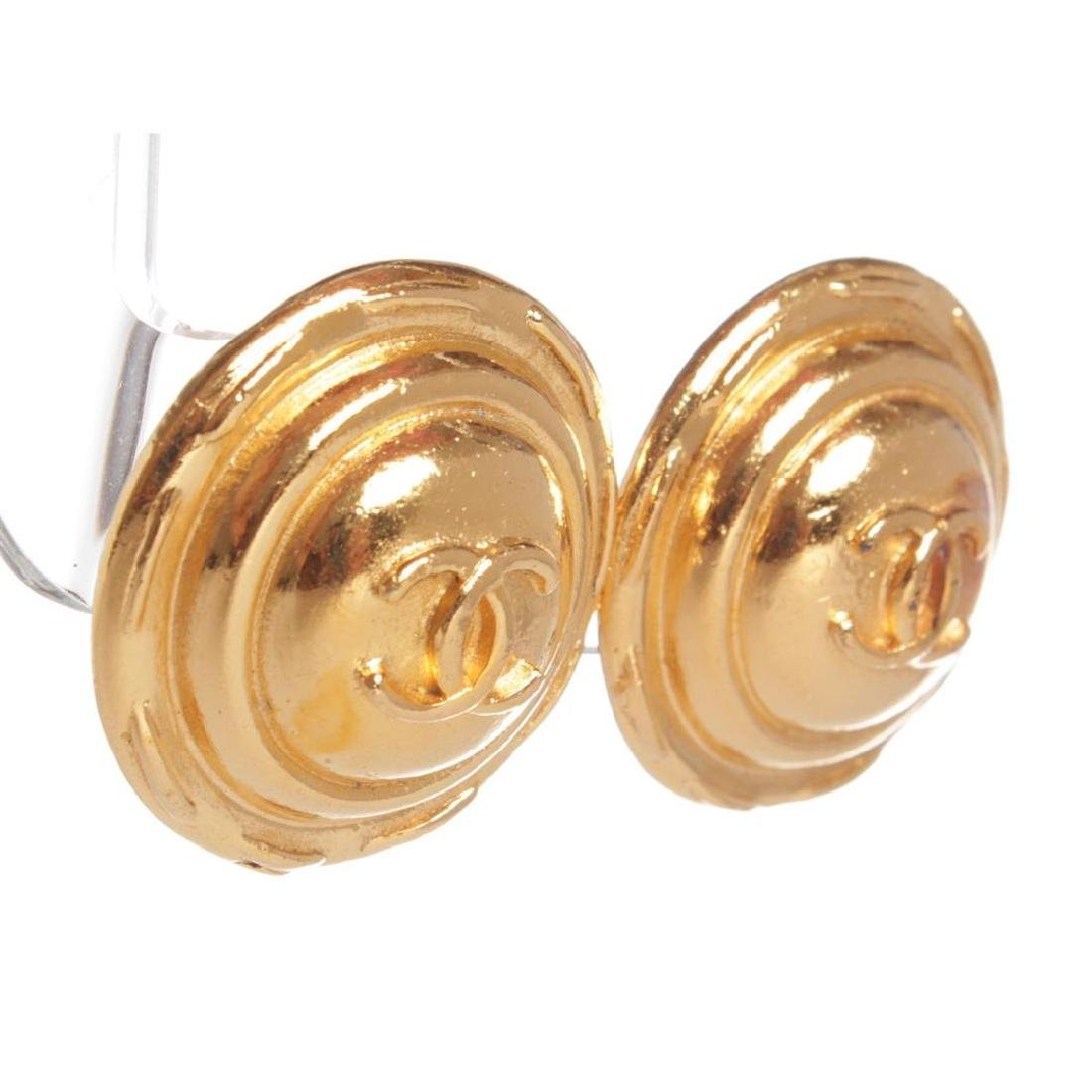 Chanel Gold CC Round Dome Vintage Clip On Earrings - 2