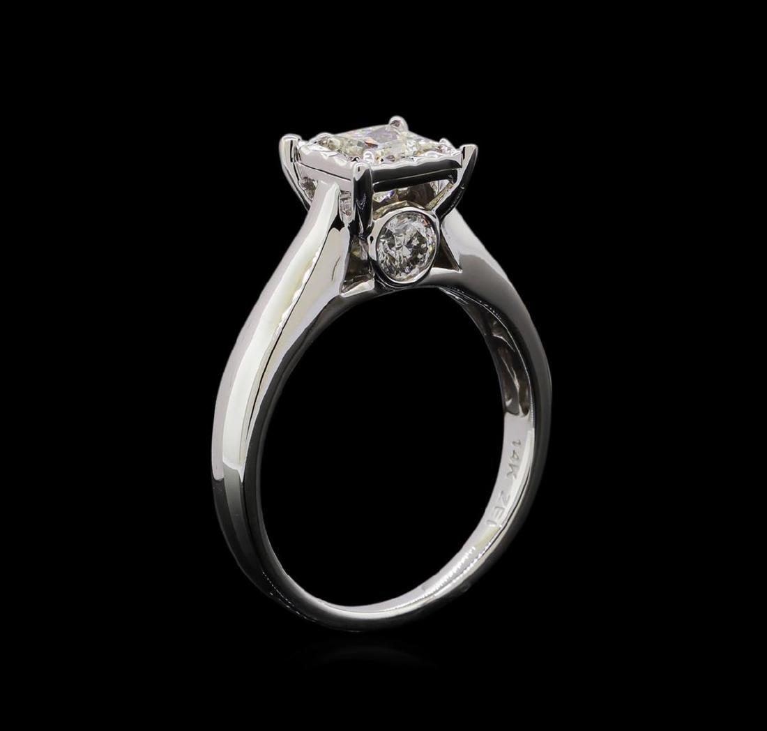 0.93 ctw Diamond Ring - 14KT White Gold - 4