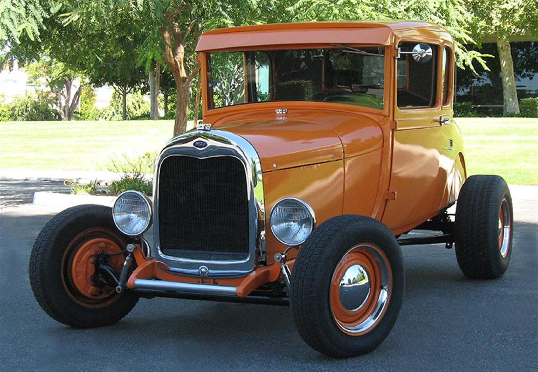 1929 Ford Highboy Coupe Hotrod - 3