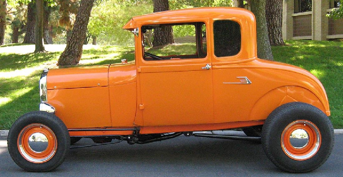 1929 Ford Highboy Coupe Hotrod - 9