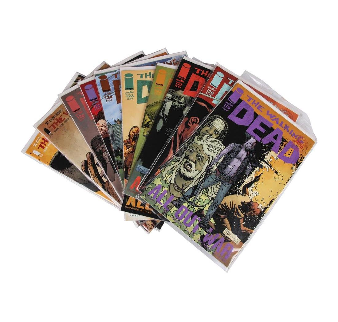 The Walking Dead Comic Book Set, Issues #109-157 - 2
