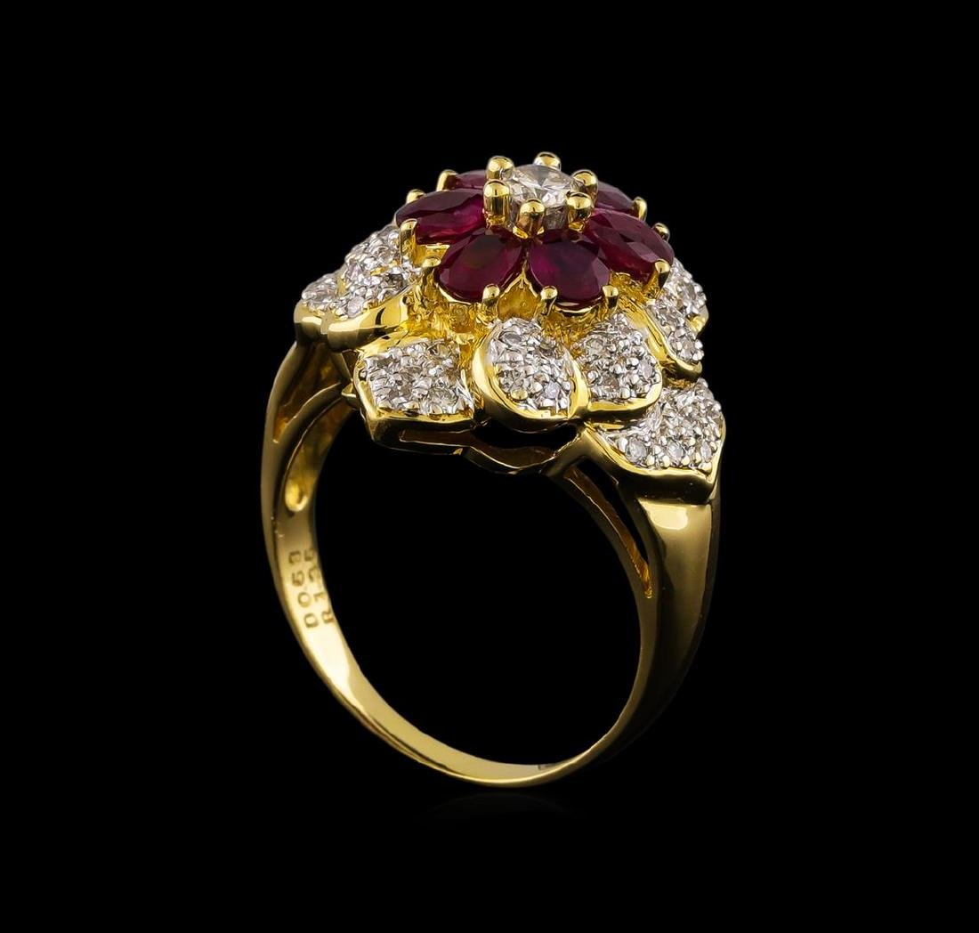 1.35 ctw Ruby and Diamond Ring - 18KT Yellow Gold - 4
