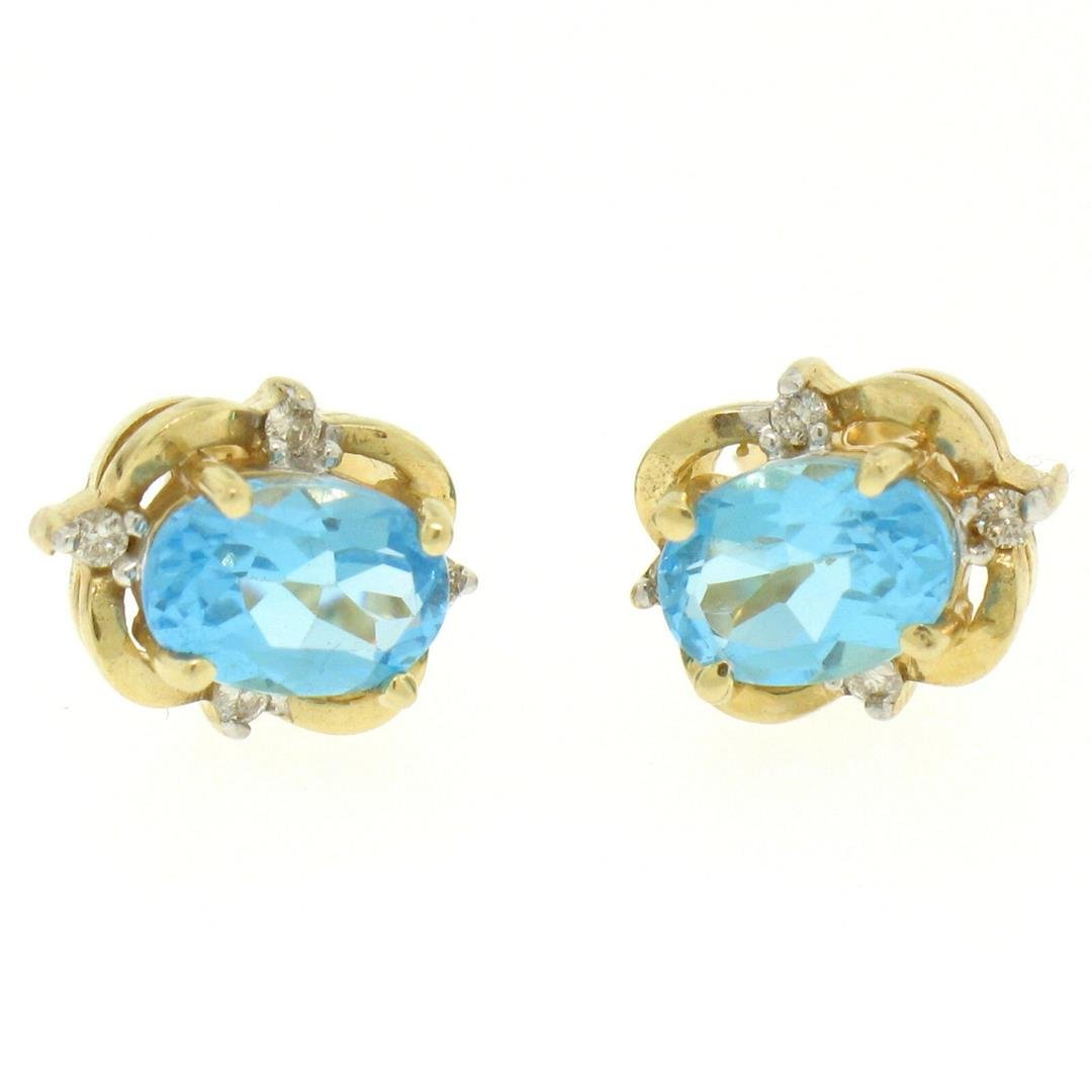 14K Yellow Gold 1.18 ctw Oval Blue Topaz & Round