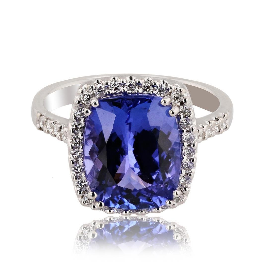 4.39 ctw Tanzanite and 0.29 ctw Diamond 18K White Gold