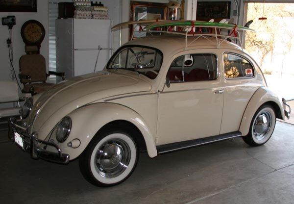 14: 1957 Classic Volkswagen Beetle-Oval Window