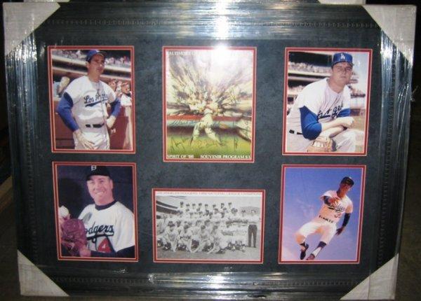 19: 1966 Dodgers Framed Team Signed (14) Collage
