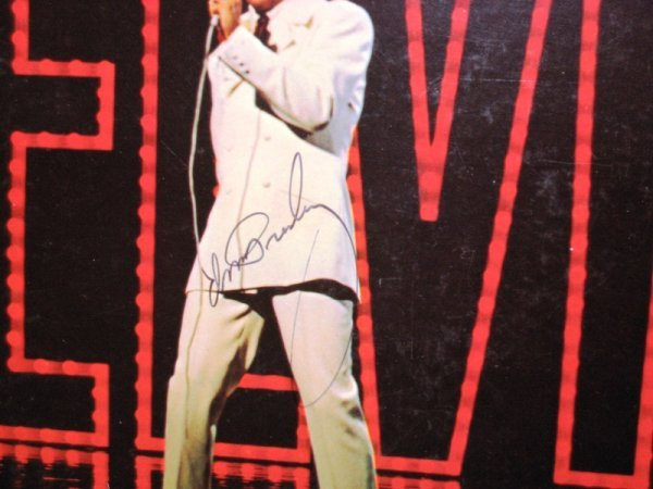 602: Elvis Presley Signed Record Album & Cover - 2
