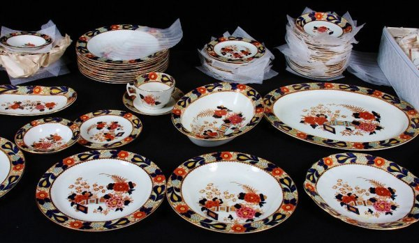 6: (97) Piece Enoch Ralph Vintage English China Set #65 - 3