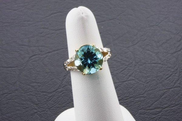 11: Ladies Blue Topaz Diamond Ring 7.48ctw - DI77