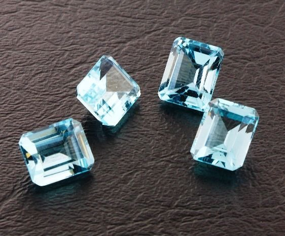 19: Blue Topaz Parcel 4 Gemstones 20.88ctw DK435