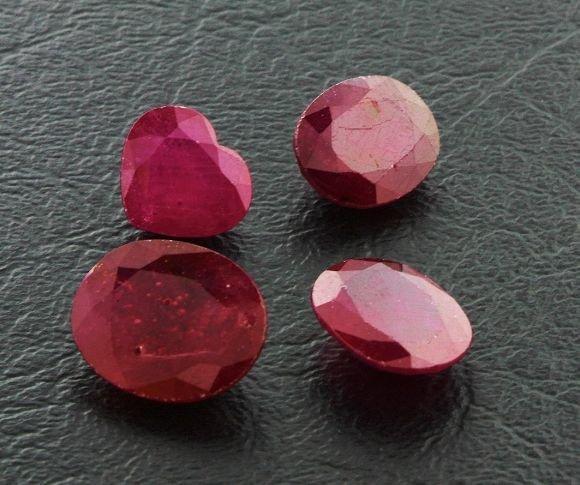 20: Ruby Parcel 4 Gemstones 28.86ctw DK07