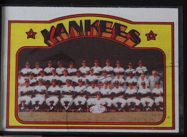 5: 1972 Yankees Team Vintage Baseball Card C22