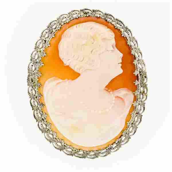 Fancy Vintage 14K Gold Carved Shell Cameo Etched Floral