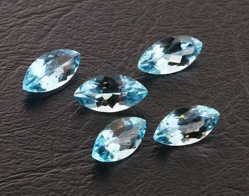 18: Blue Topaz Parcel 5 Gemstones 15.23ctw DK415