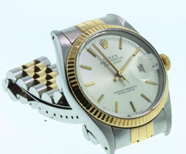 210: Men's 18KT Rolex Two-Tone DateJust Watch W24
