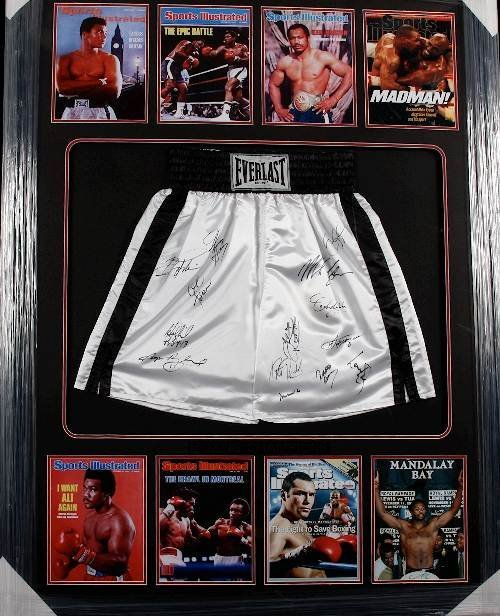 21: Champions of Boxing (14) Autographed Trunks - Ali e
