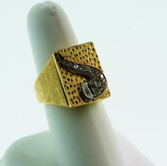 11: Men's Ring Pipe 16.75gm Gold / .5cts Diamonds