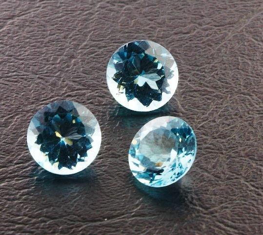 15: Blue Topaz Parcel 3 Gemstones 22.29ctw DK389
