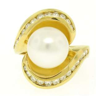 Large 18k Yellow Gold 10.6mm Round White Pearl