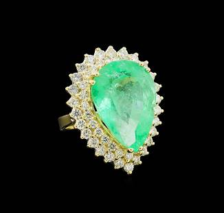 GIA Cert 17.66 ctw Emerald and Diamond Ring - 14KT
