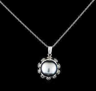 0.30 ctw Pearl and Diamond Pendant With Chain - 14KT