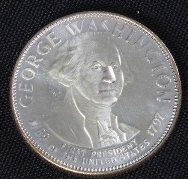 498: George Washington 33.1gm. Sterling Silver Presiden