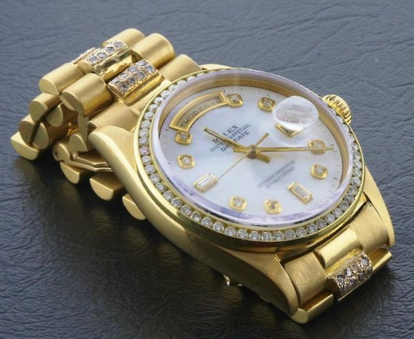 181B: Gents Rolex Gold Super President Style Day Date A