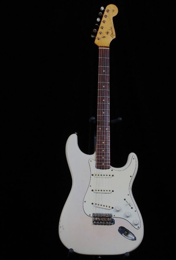 90A: Authentic Fender 1961 Stratocaster Guitar