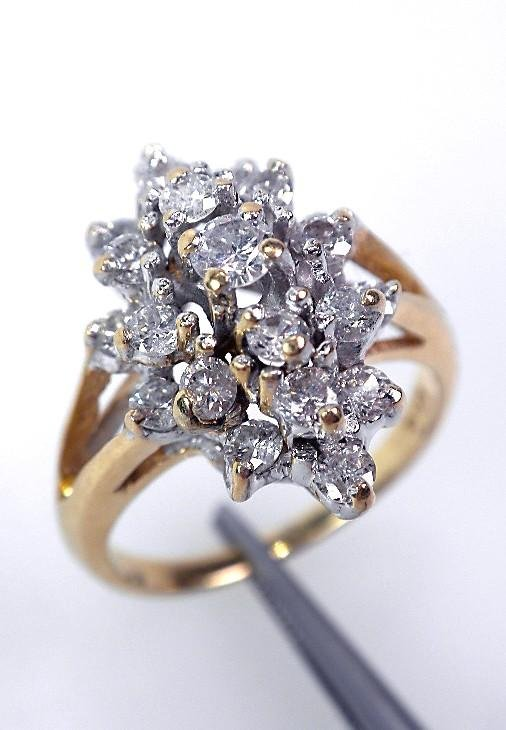 14KT Yellow Gold Ladies Diamond Ring Cluster A721