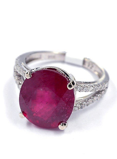14KT White Gold 6.22ct Ruby and Diamond Ring J22