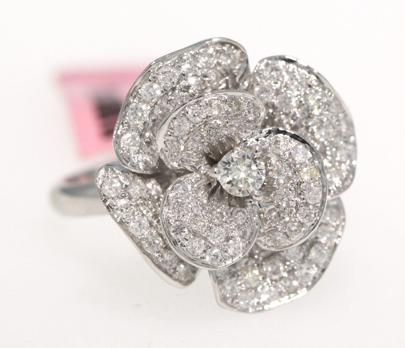 18KT White Gold 1.01ct Diamond Rose Ring FJM1192