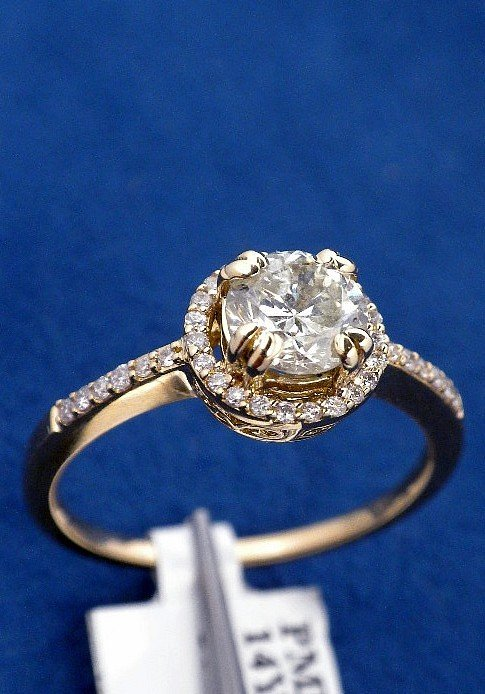 14KT Yellow Gold .87ct Diamond Ring J5