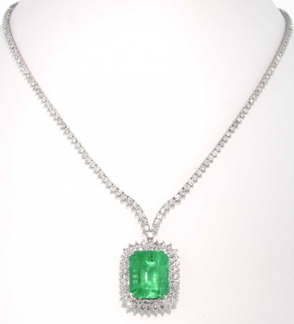 18KT White Gold 19.08ct Emerald and Diamond Necklace BD