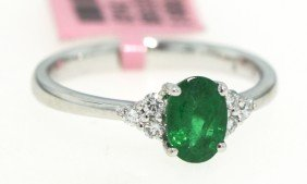 18KT White Gold .87ct Emerald And Diamond Ring FJM909