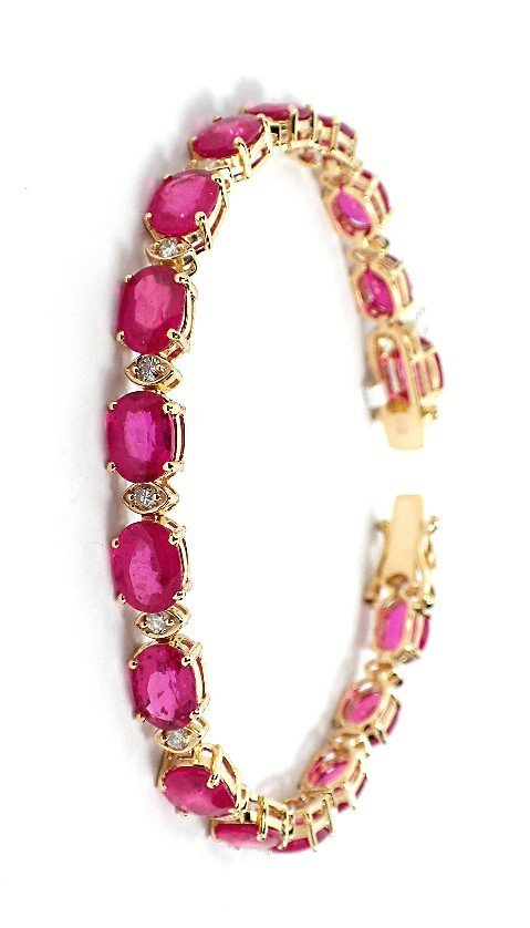 18KT Yellow Gold Ruby and Diamond Bracelet A3612