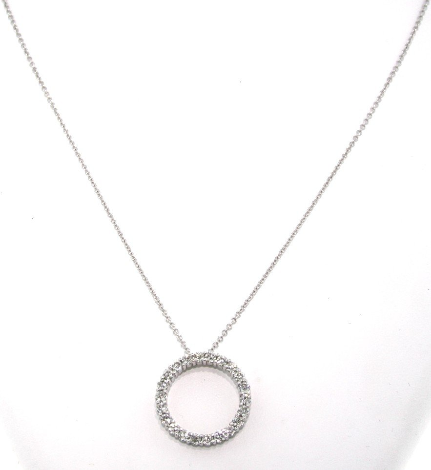 14KT White Gold 1.17ct Diamond Circle Pendant and Chain