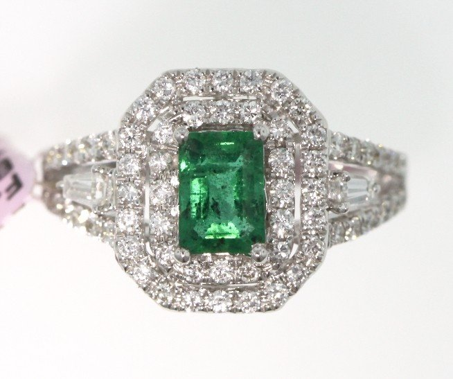 18KT White Gold 0.93ct Emerald and Diamond Ring FJM1398