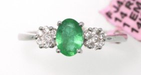 14KT White Gold 0.73ct Emerald And Diamond Ring FJM1396