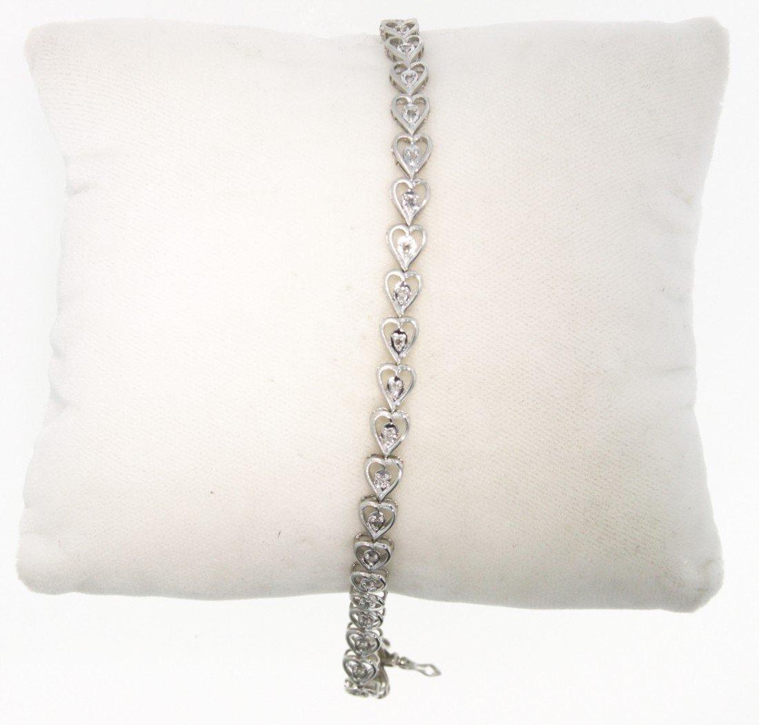 10KT White Gold Diamond Heart Bracelet GD351