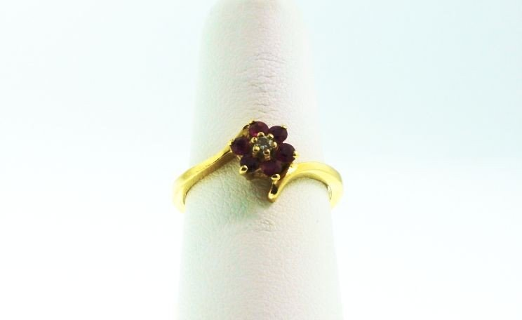 14KT Yellow Gold Ruby and Diamond Ring GD115