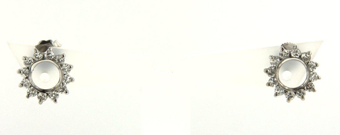 14KT White Gold Diamond Wreath-Shaped Earrings STN48