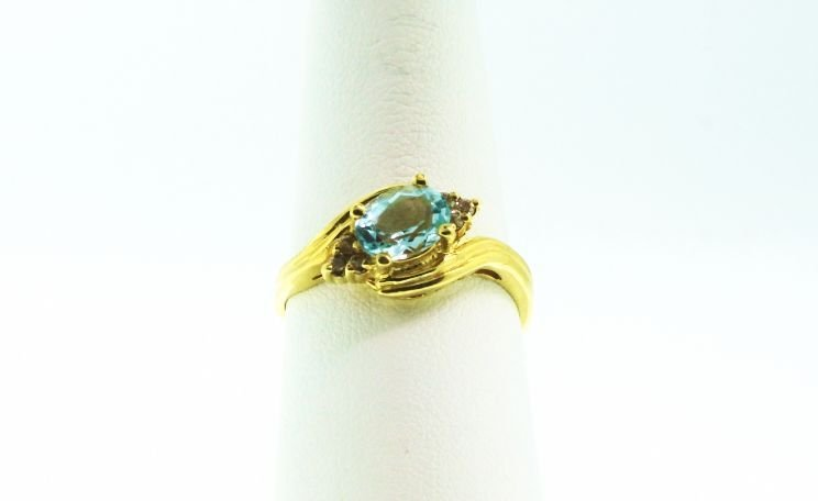 14KT Yellow Gold Aquamarine and Diamond Ring GD109