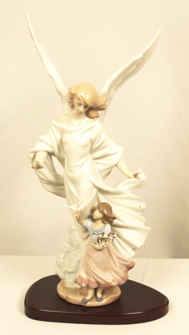 Lladro's Guardian Angel #6352 Limited Edition Figurine