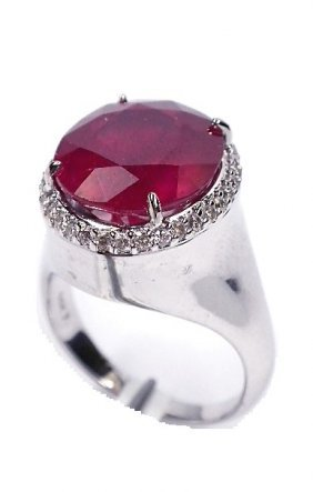 14KT White Gold 8.77ct Ruby And Diamond Ring J40