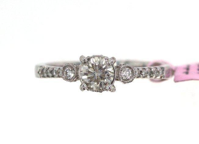 18KT White Gold 0.71tcw Diamond Ring FJM1652