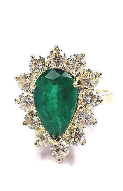 14KT Yellow Gold 2.65ct Emerald and Diamond Ring A3641