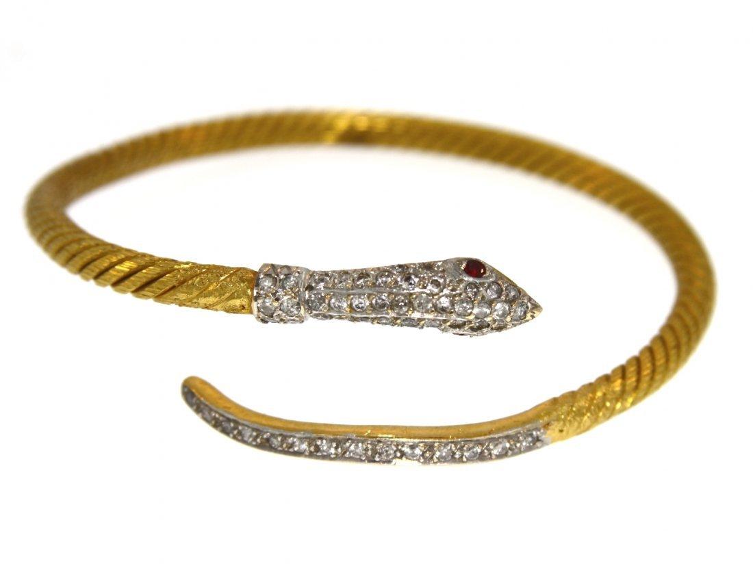 18KT Yellow Gold 1.08tcw Diamond Coiled Snake Bracelet