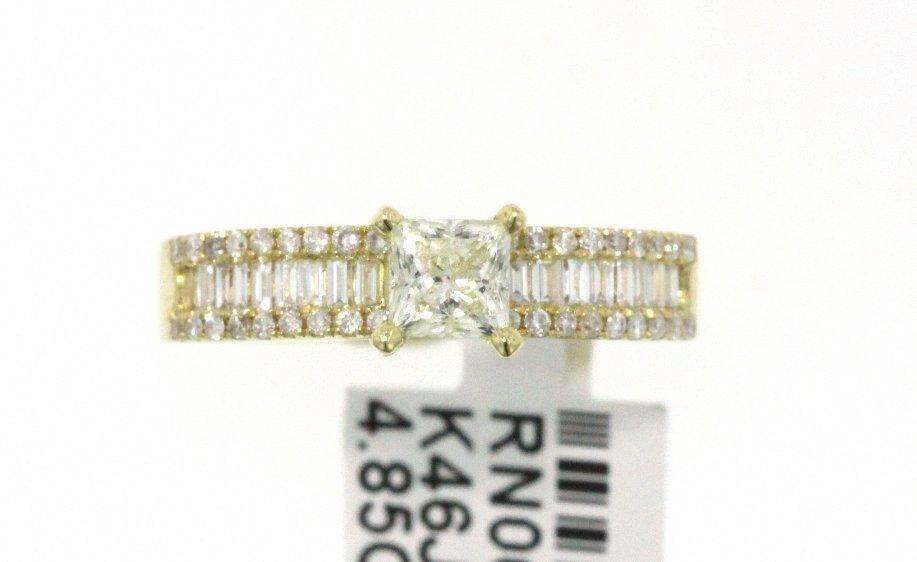 18KT Yellow Gold 0.93ct Diamond Wedding Ring RM471